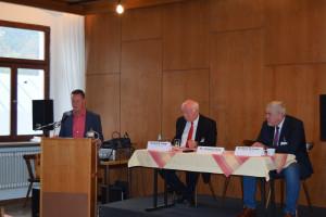 Dr. Thomas Jung, Heinrich Trapp (Landrat Dingolfing-Landau) und Norbert Tessmer (Oberbürgermeister der Stadt Coburg)