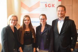 Natascha Kohnen, Bianca Aßmus (Mitarbeiterin SGK Bayern), Svenja Bille (Landesgeschäftsführerin SGK Bayern) und Uli Grötsch